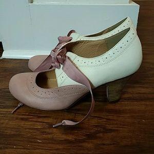 Blush Vintage Inspired Heels